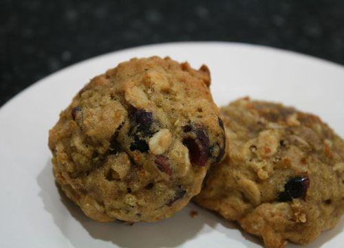 Fruit Quinoa Breakfast Cookies