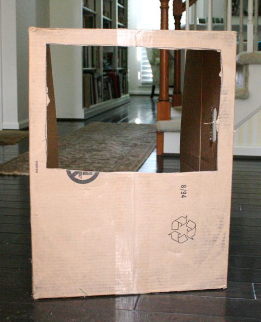 Cardboard Box Puppet Theater - Oliver - Birgitta Sif - Off the Shelf