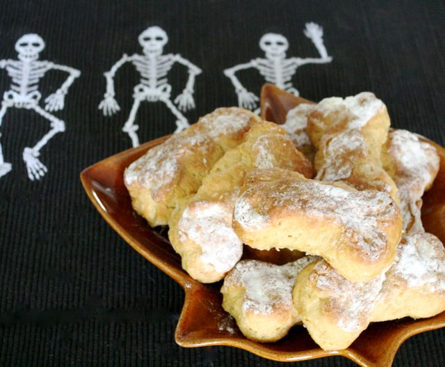 Snackin' Bones Biscuit Recipe- Rattlebone Rock - Off the Shelf
